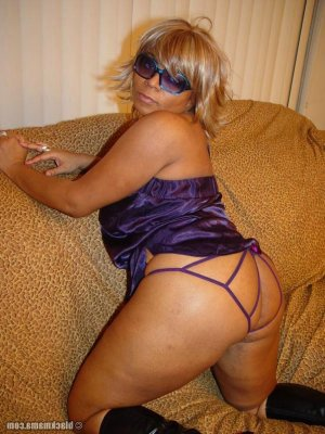 Fyriel massage escorts Lincolnia, VA