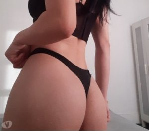 Liya pegging tantra massage in Ellon